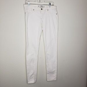 Abercrombie & Fitch White Distressed Skinny Jeans